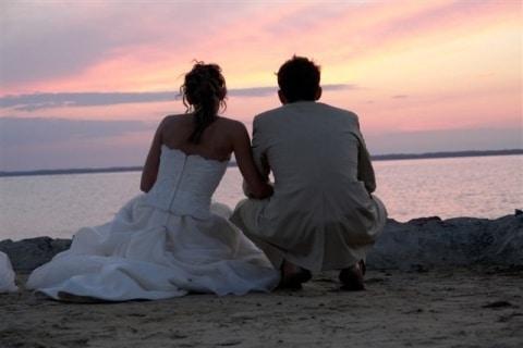 655937 Sunset Couple