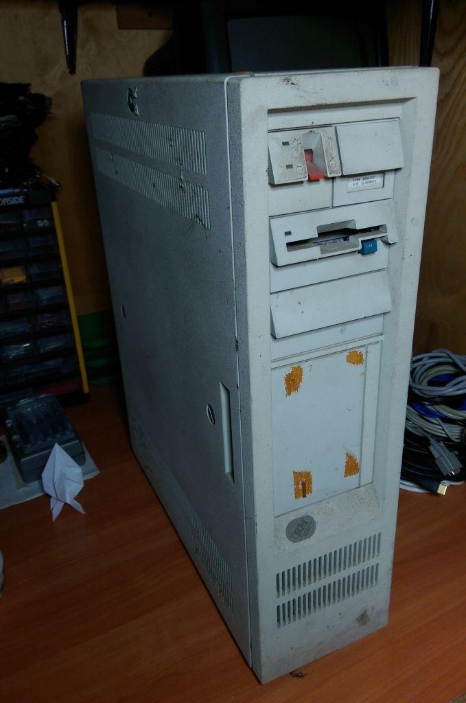 IBM PS/2 (Model 60) unpacked