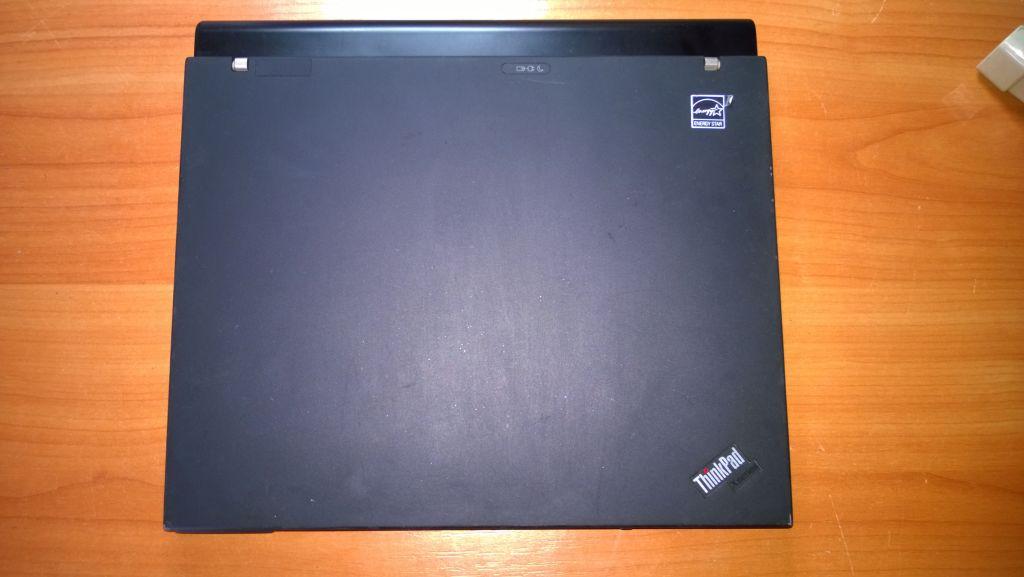 Lenovo Thinkpad x61 top